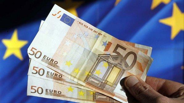 euro-cedulas-economia-20111128-02-size-598